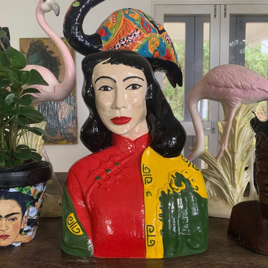 Vintage Sculpture Miss-Wong